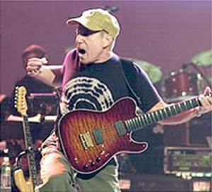 Paul Simon with his Foster Performer Series 6-string guitar